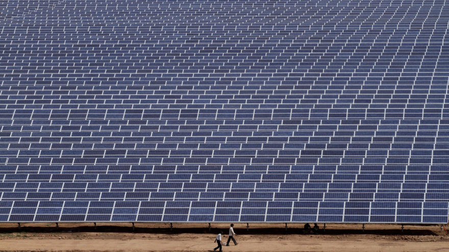 The World Has 100gw Of Solar Which Is One Solar Panel For